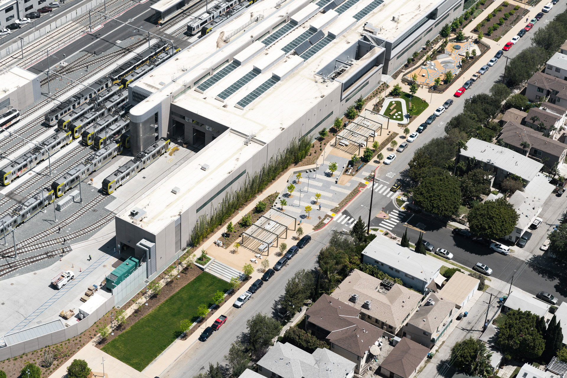 Aerial oblique of Park & Metro maintenance facility (souce MLA Studio).jpg