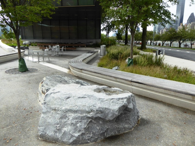 Rock & seating wall adjoining Bloomberg Building