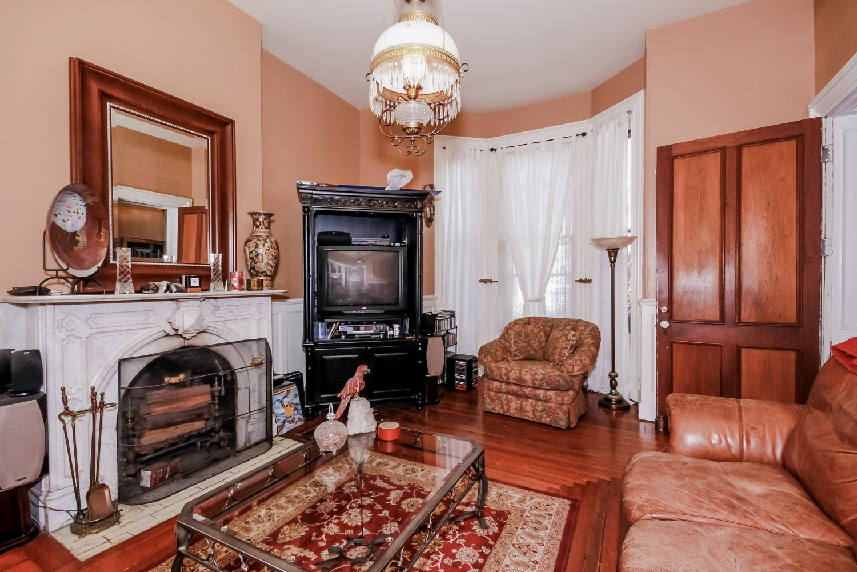 Historic District Mansion, Living Room