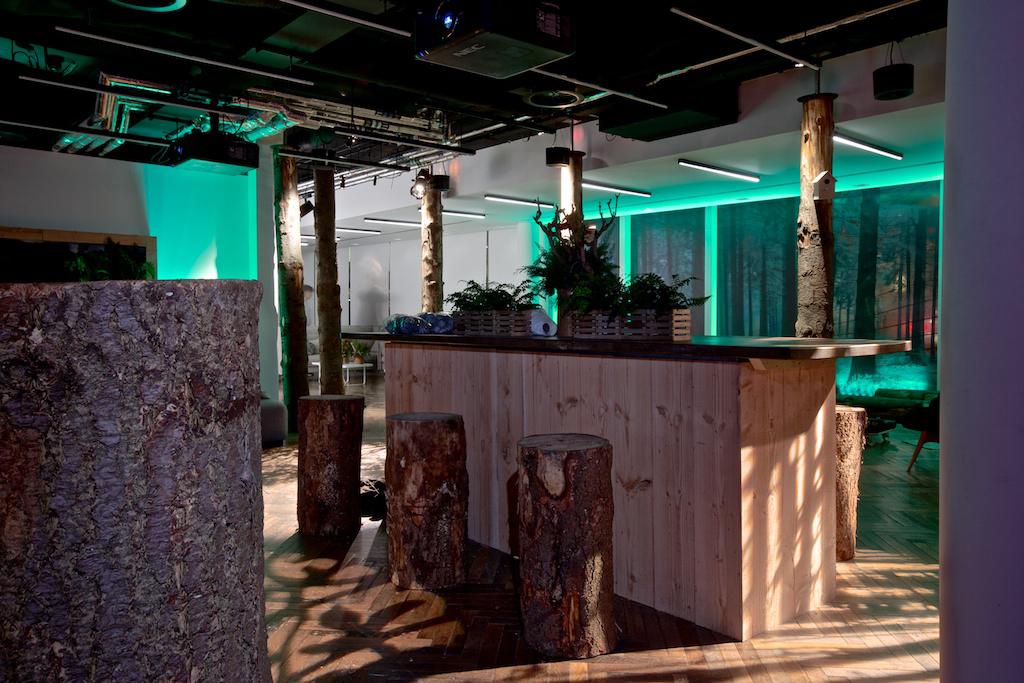 Enchanted-Forest-Pop-up-bar-1.jpg
