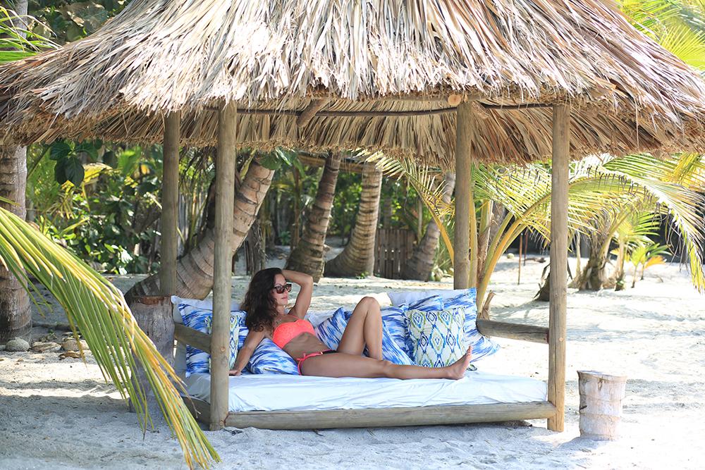 beach bed2.jpg