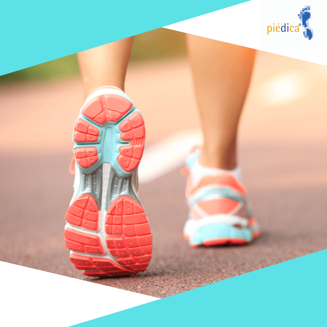 La valoración de la biomecánica del pie, permite estudiar la pisada.