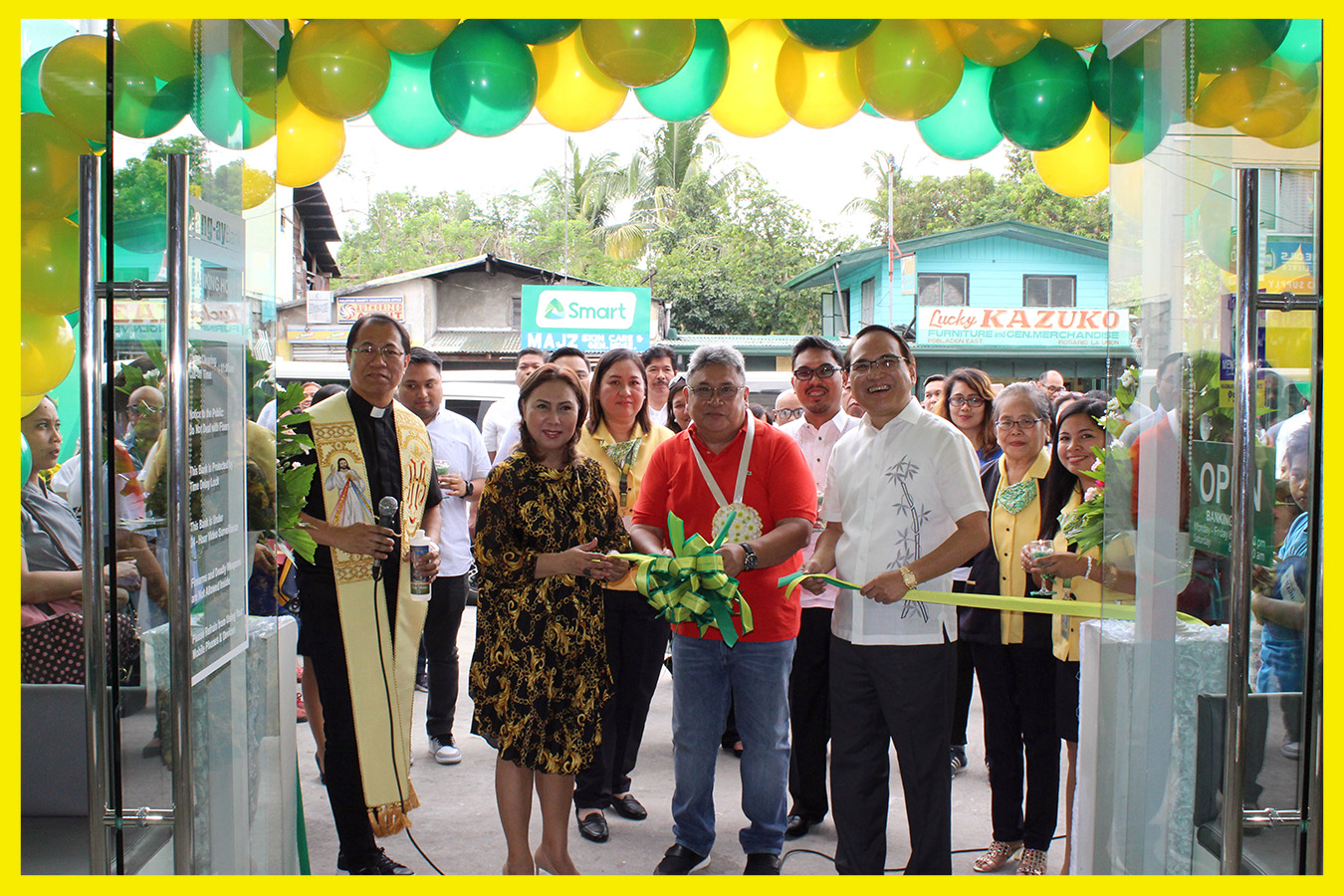 From left to right: Rev. Fr Noel Peter Lazo , Former PRC Board of Dentistry Chair Dra. Rosita Canlas-Nisce, District II Board Member, Hon. Bellarmin Flores II, Vice President - Operations Ives Jesus Nisce and Rang-ay Bank President & CEO, Ives Nisce