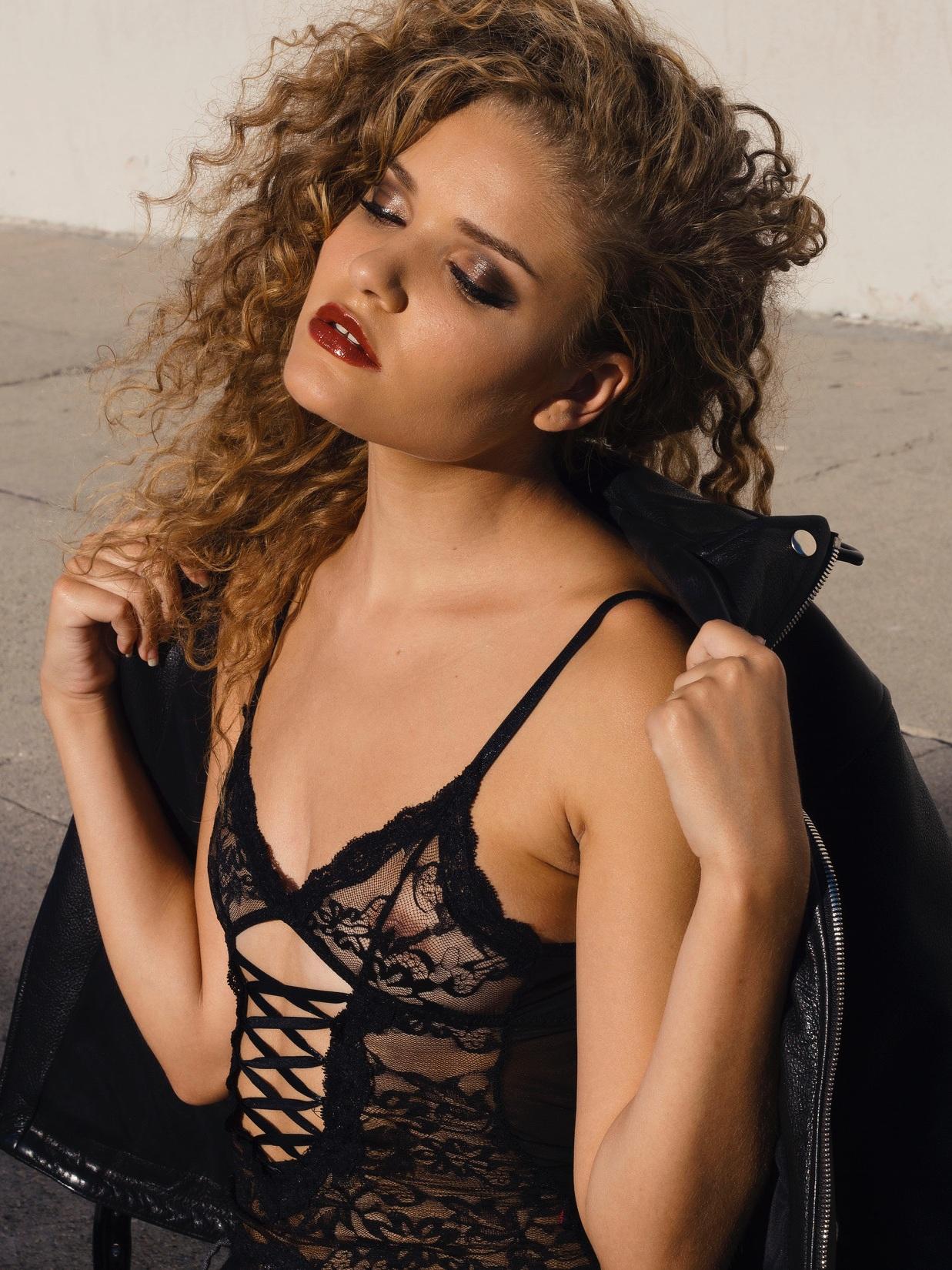 Model: Jade Goodwin | Makeup by Ashley Tani