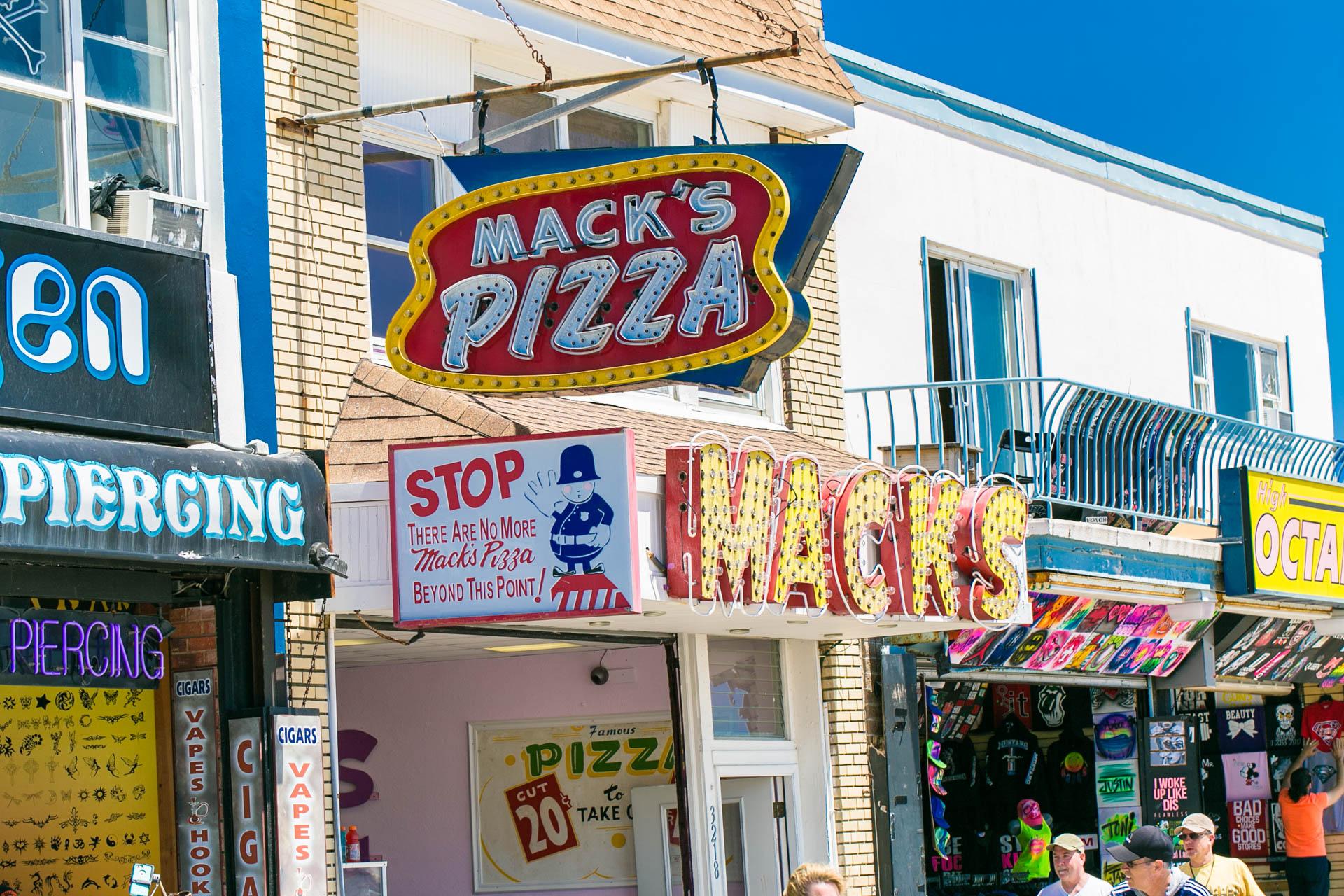 Last Mack's Pizza