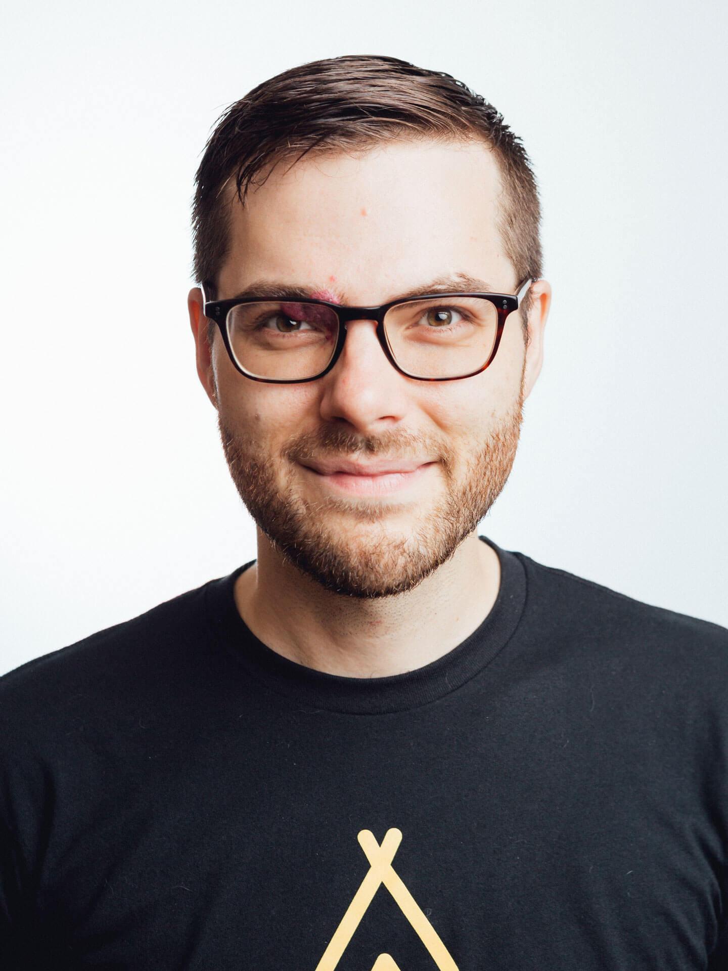 Mugshot-with-glasses copy.jpg