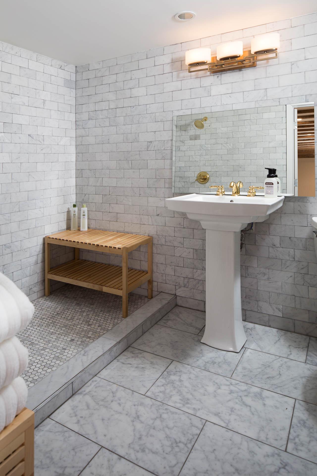 basement_bathroom-1.jpg