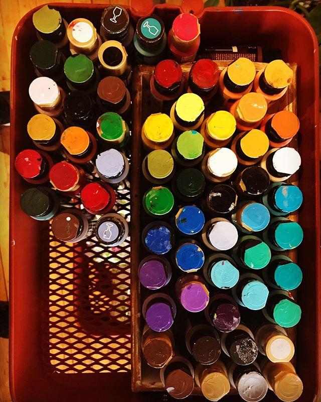 Oohh la la #possibilities #iloveart #glasspainting #ceramicpainting #demandmoreart #iloveart #ilovepainting #create
