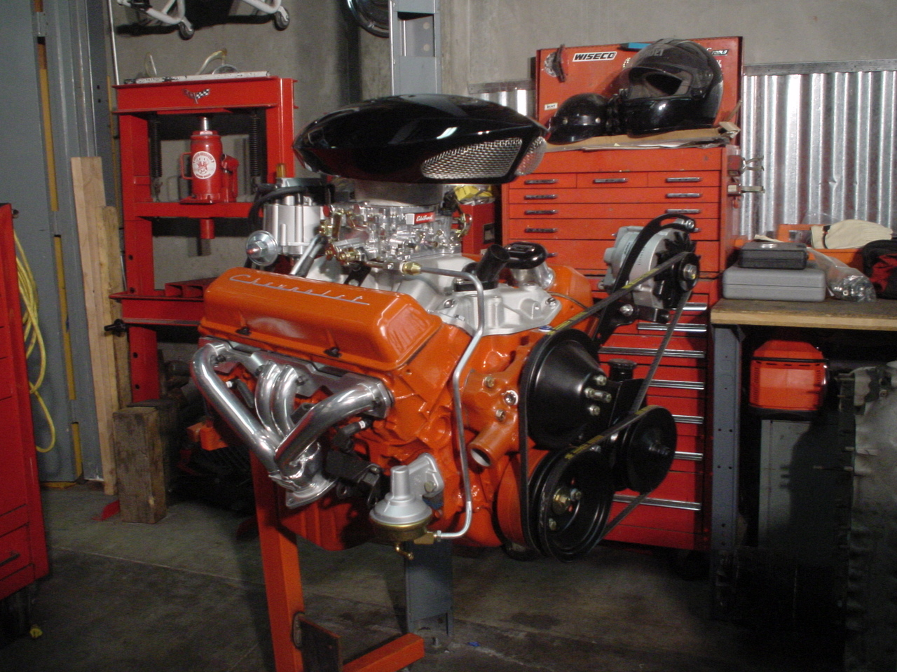 Crate Chevy 350 engine