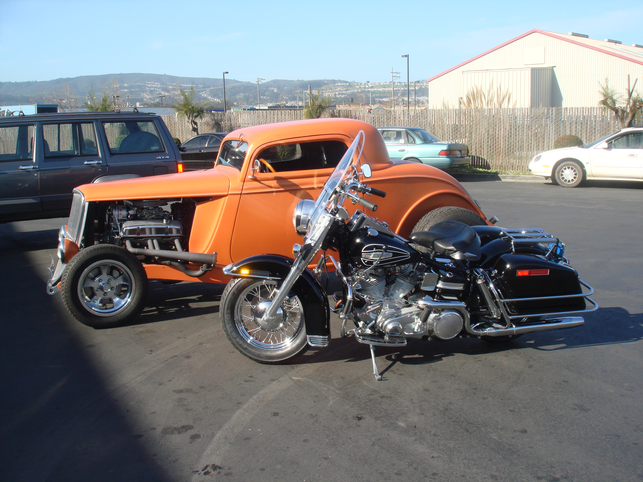 1932 Ford Coupe, 1971 HD FLH