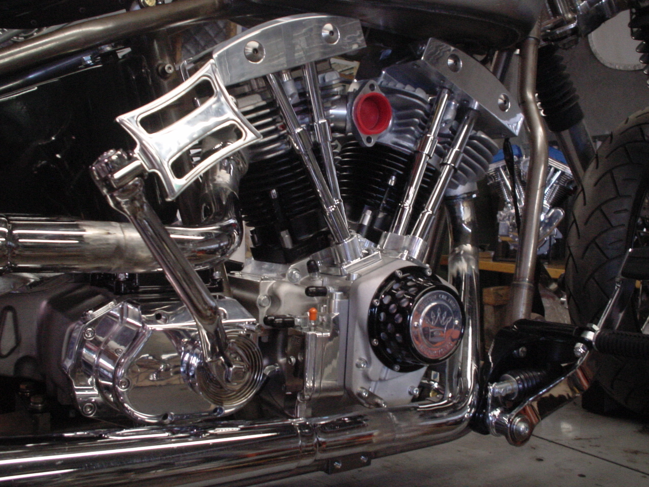 S&S Shovelhead engine, 6 Spd Kicker