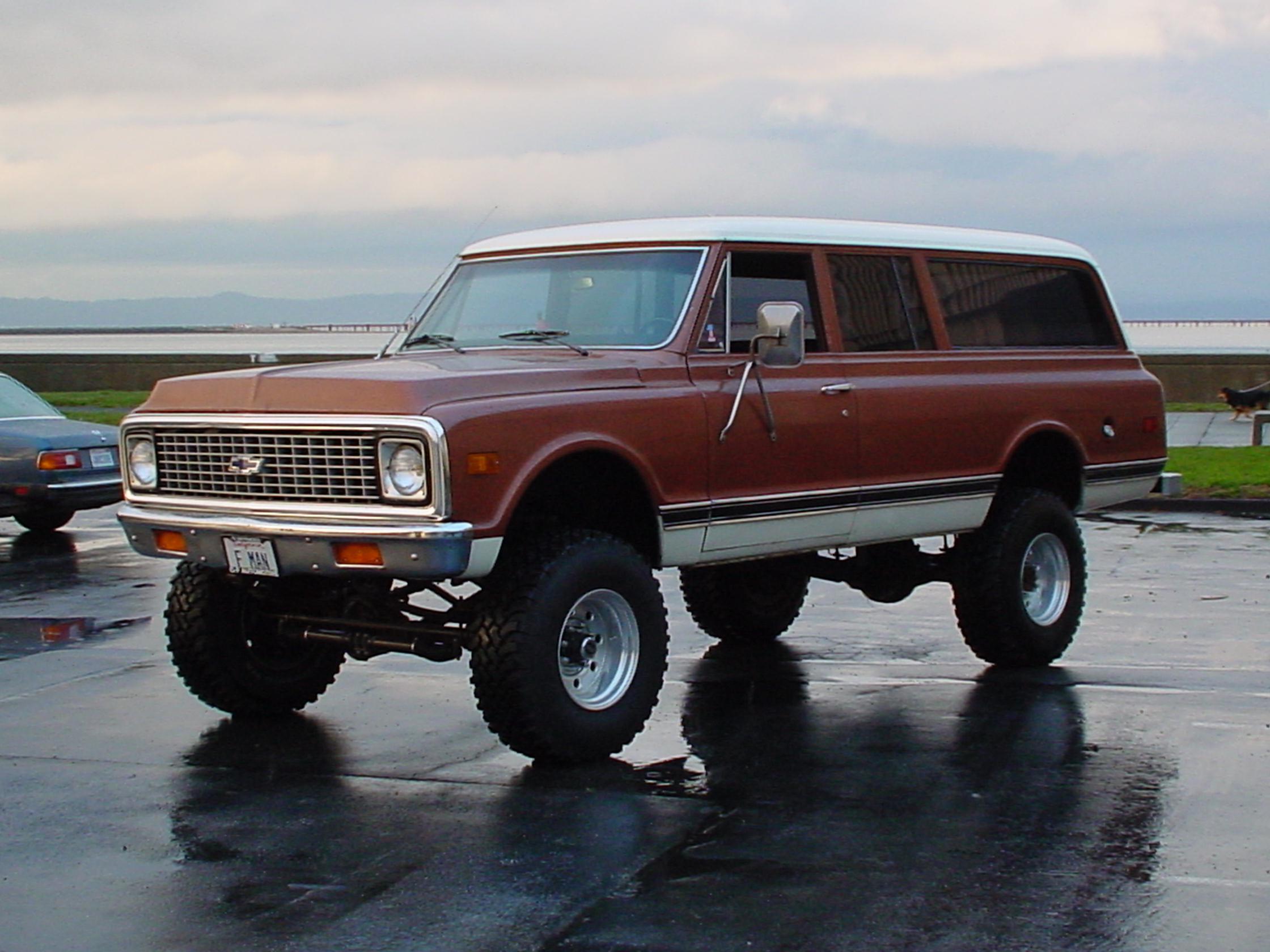 1972 Chevy Suburban
