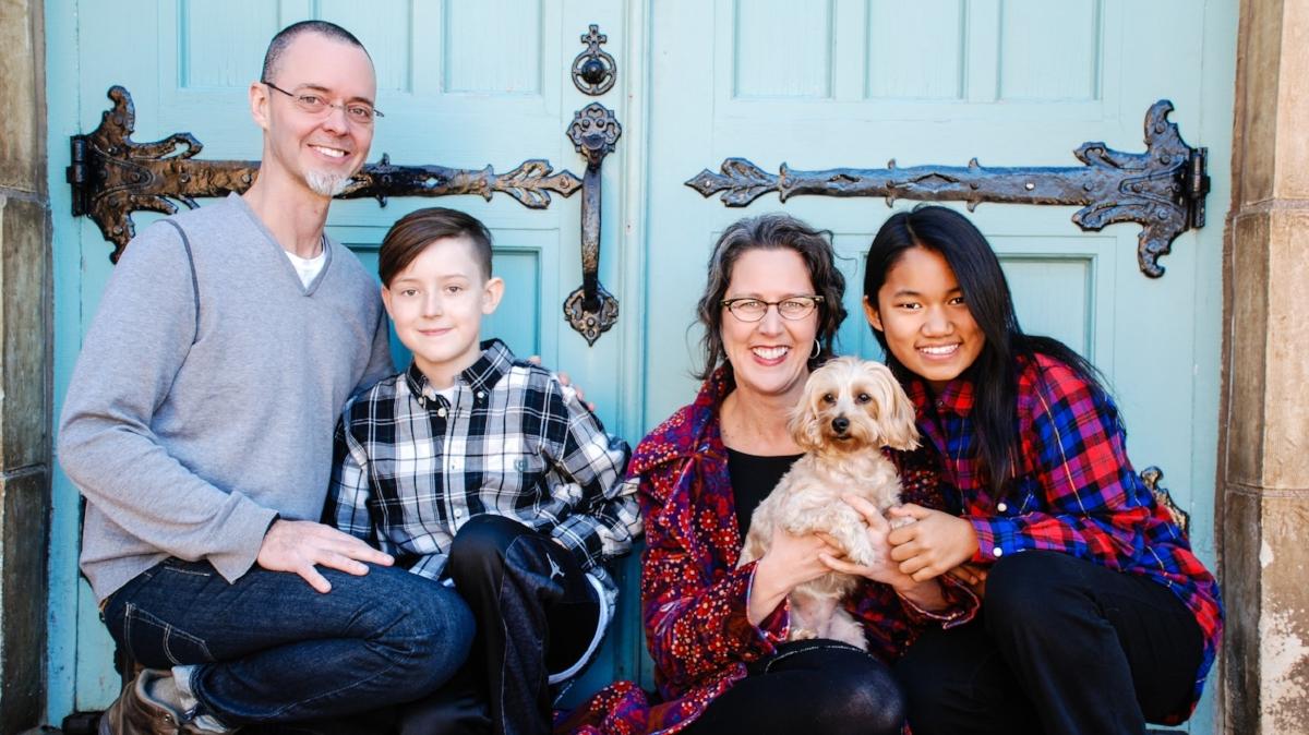 SamaDog_Christina Family