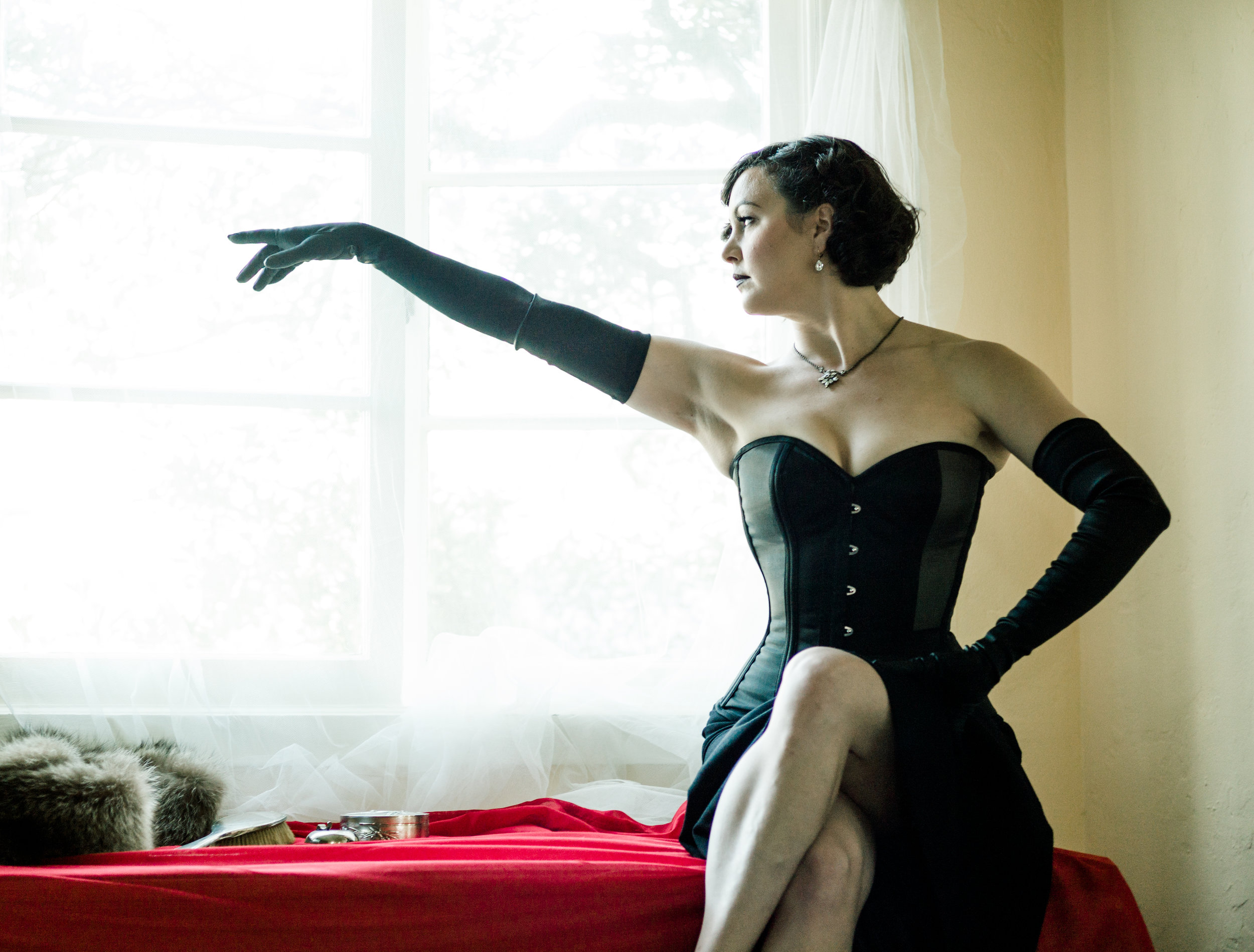 "Corset:  Dark Garden ""Risqué Sweetheart""  | Model: Summer Makovkin | Photo © Joel Aron"