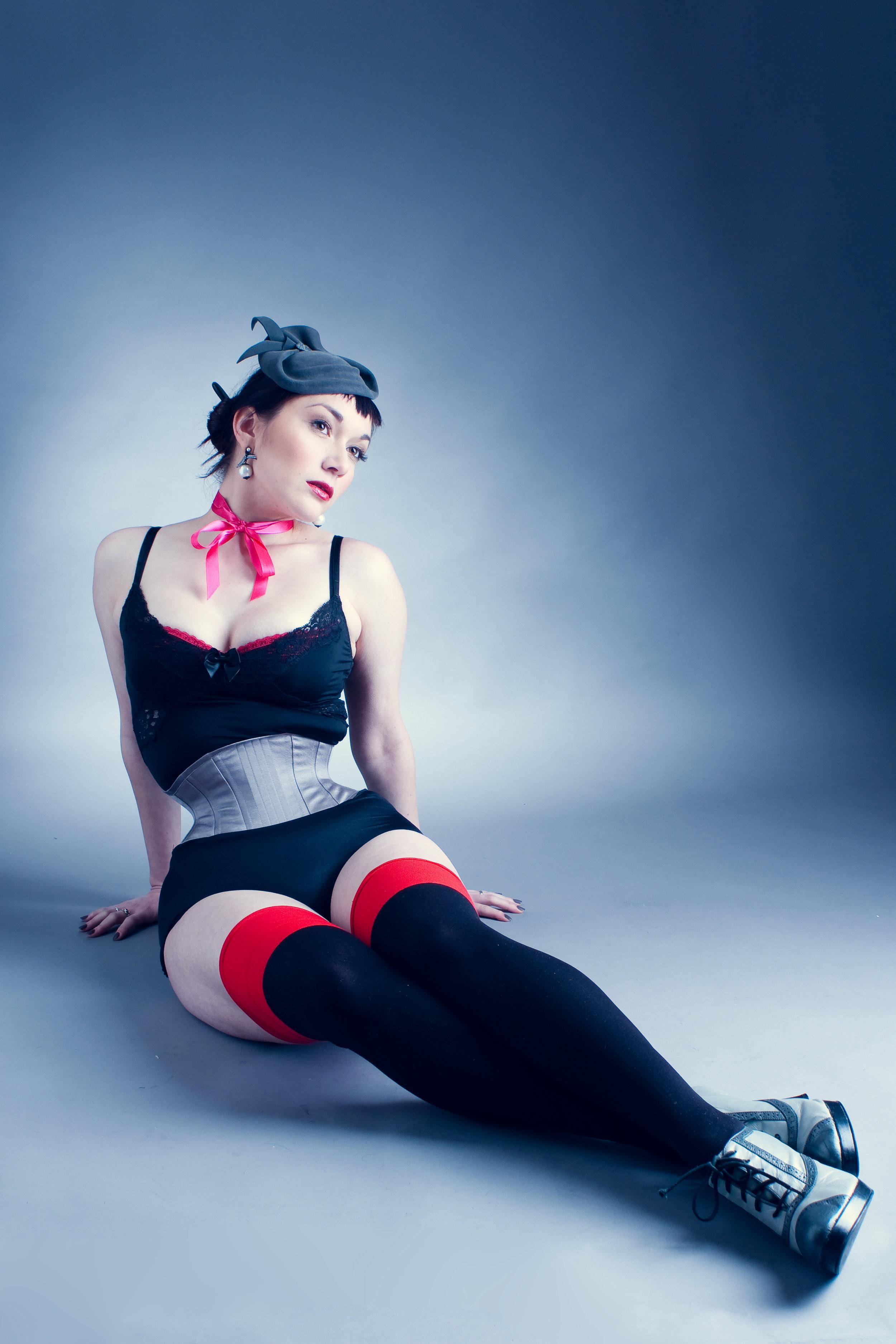 "Corset: Electra Designs ""Waspie"" | Model: Victoria Dagger | Hat: Kalico Delafay Millinery | Model: Victoria Dagger | Photo © Antonio Abadia"