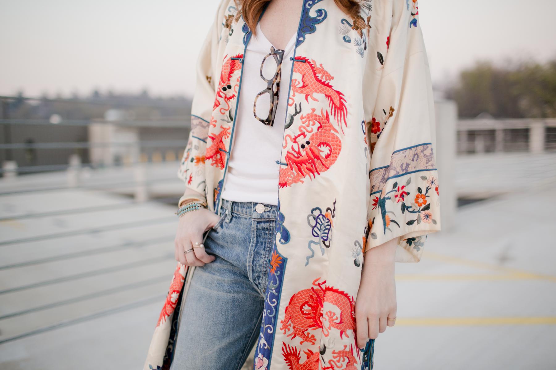 Eldridge_Edit_Anna_E_Cottrell_Tulip_Louise_Fashion_Blogger_Kimono_Deconstructed_Oversized_Boyfriend_Jean_Denim_Mother-White_T-shirt_Tom_Ford_Glasses_Joie_Heel_16.jpg