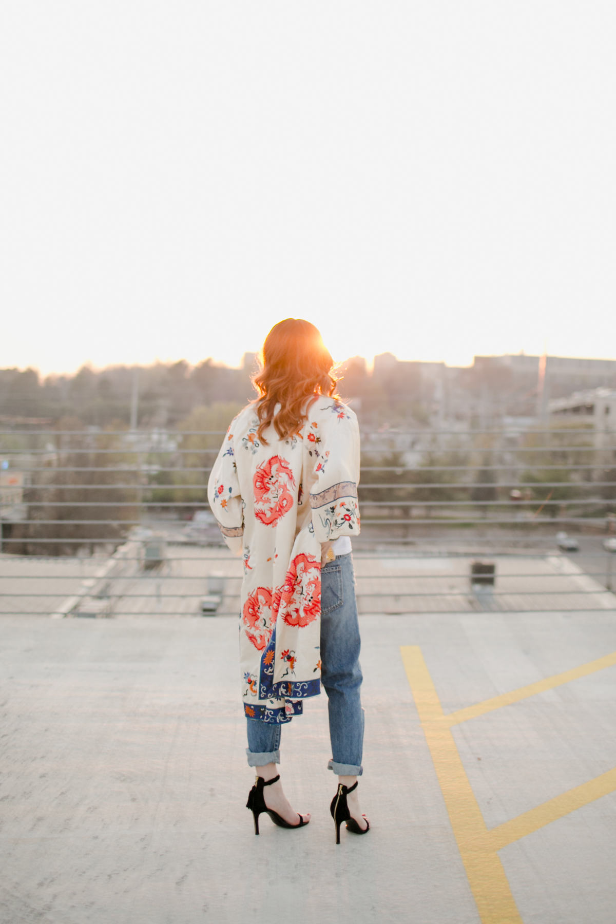 Eldridge_Edit_Anna_E_Cottrell_Tulip_Louise_Fashion_Blogger_Kimono_Deconstructed_Oversized_Boyfriend_Jean_Denim_Mother-White_T-shirt_Tom_Ford_Glasses_Joie_Heel_5.jpg