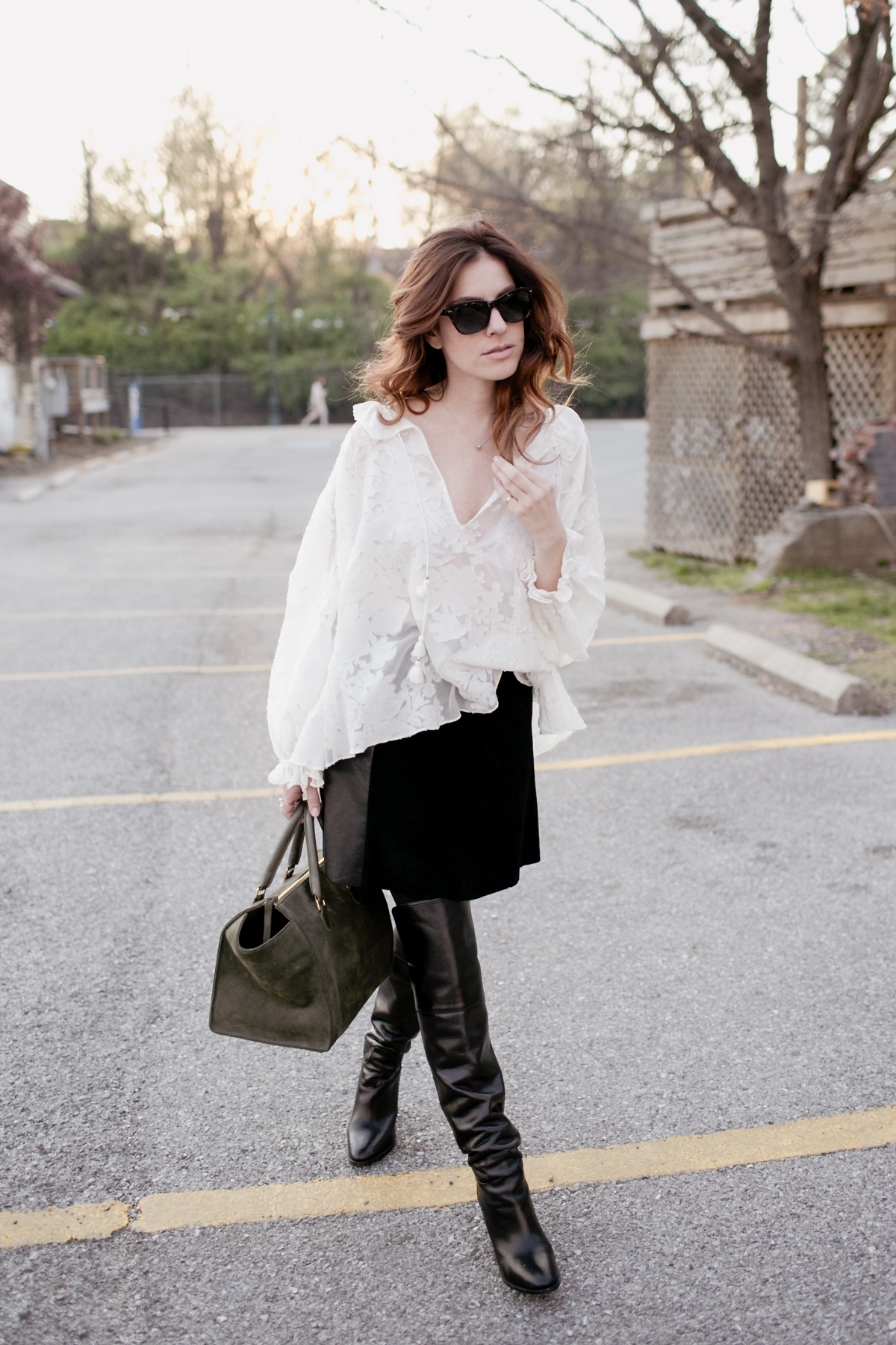 Eldridge Edit_Anna_E_Cottrell_Tulip_Louise_Fashion_Blogger_White_Rachel_Zoe_Blouse_Suede_and_Leather_Veda_Mini_Skirt_Ralph_Lauren_Over_the_knee_boot_spring_summer_trends_2016_salt_sunglasses_vintage_11.jpg