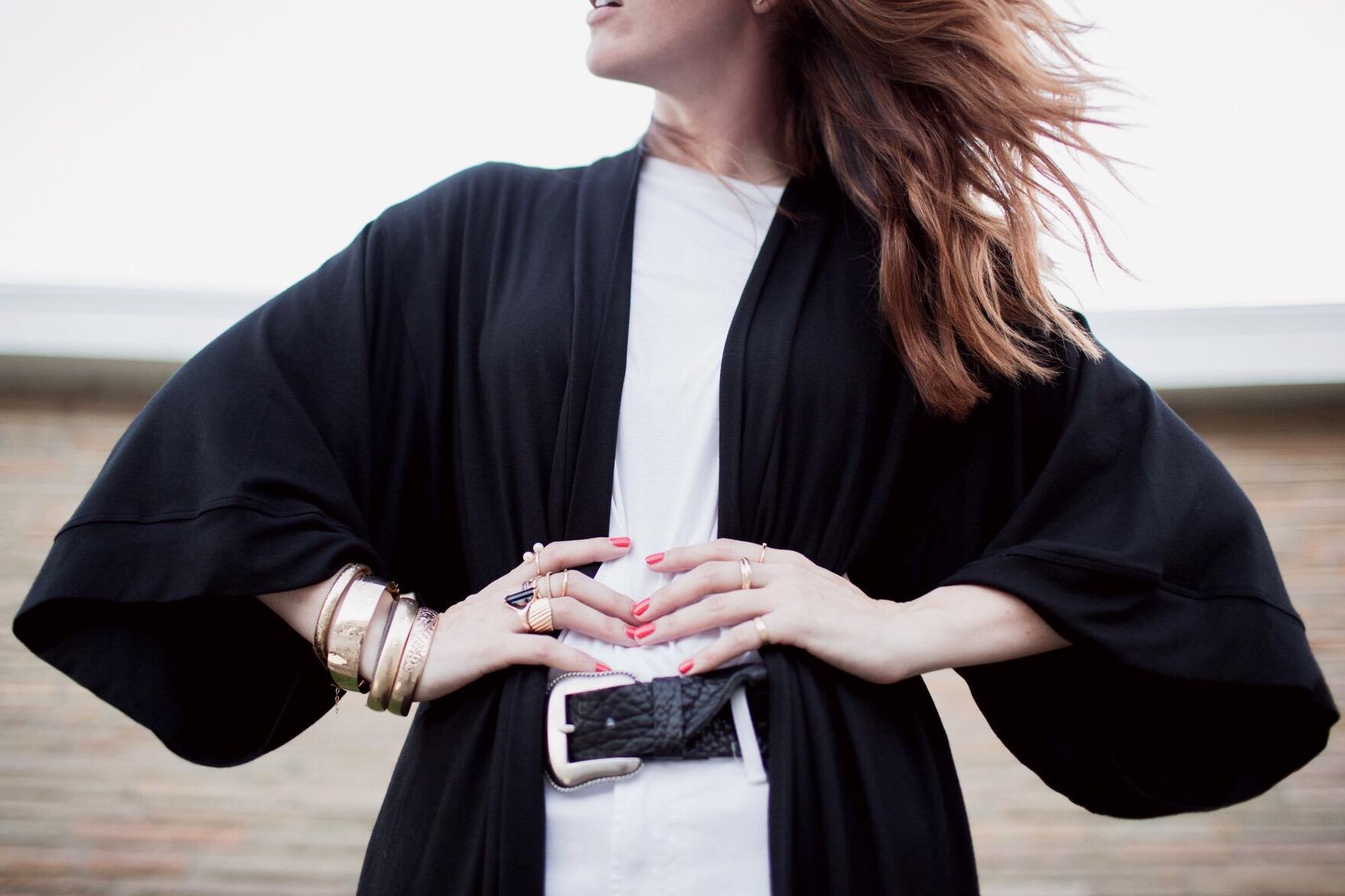 eldridge_edit_anna_e_cottrell_fashion_blogger_black_and_white_shop_lola_boutique_mgb_photo_mother_white_jean_b_low_the_belt_dita_freebird_sunglasses_joie_cognac_mules_vintage_bracelets_2.jpg