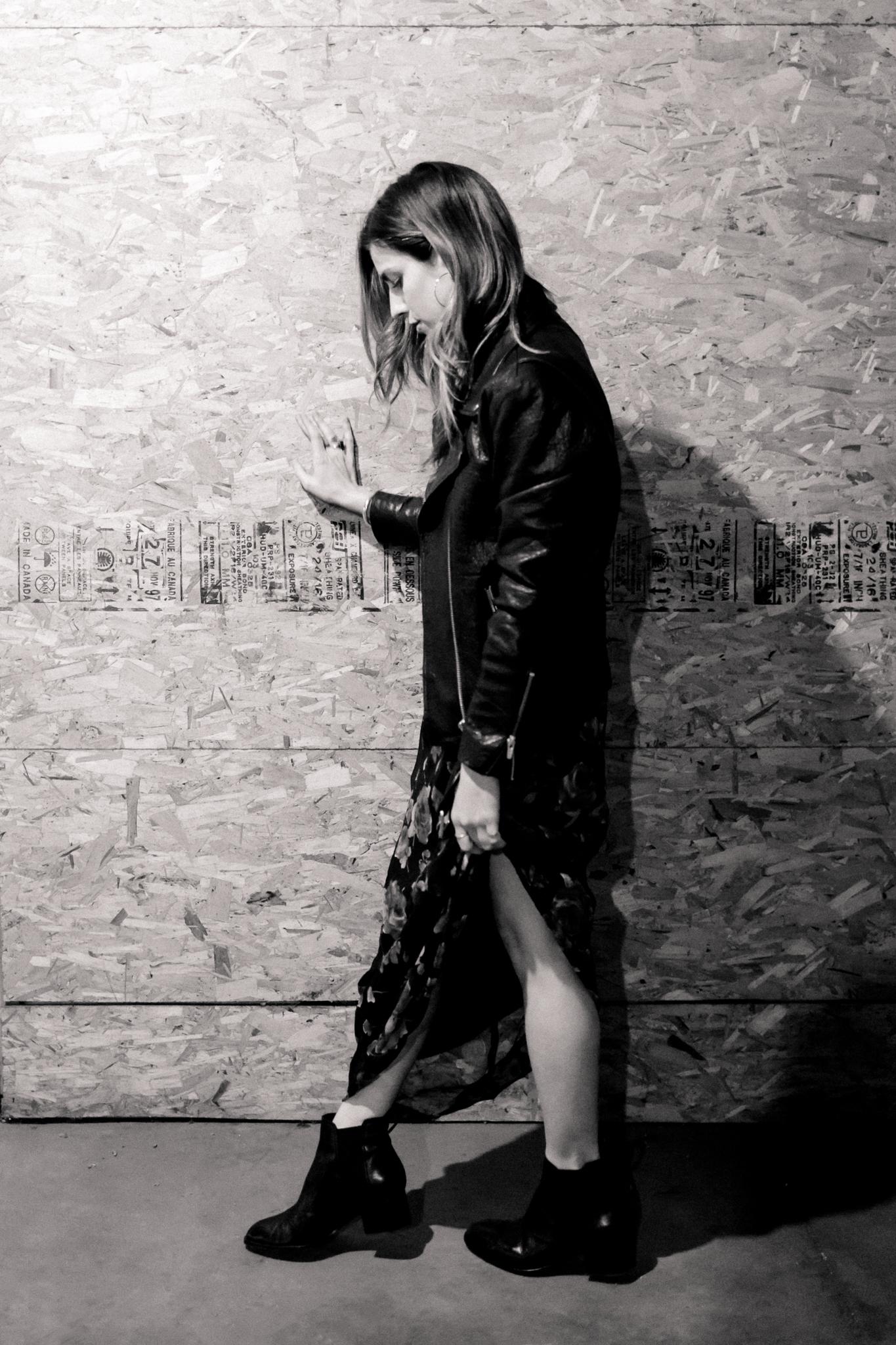 anna_e_cottrell_eldridge_edit_rose_noir_fashion_blogger_vintage_90s_rose maxi_dress_veda_black_leather_jayne_jacket_rag_and_bone_chelsea_boot_styling_mgb_photo_4.jpg