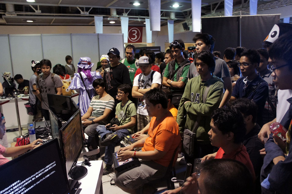Otaku-Expo-2013-Hotseat-02.jpg