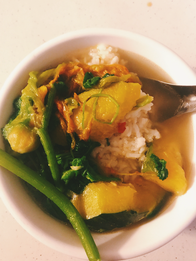 Maa's Whole Pumpkin plant soup