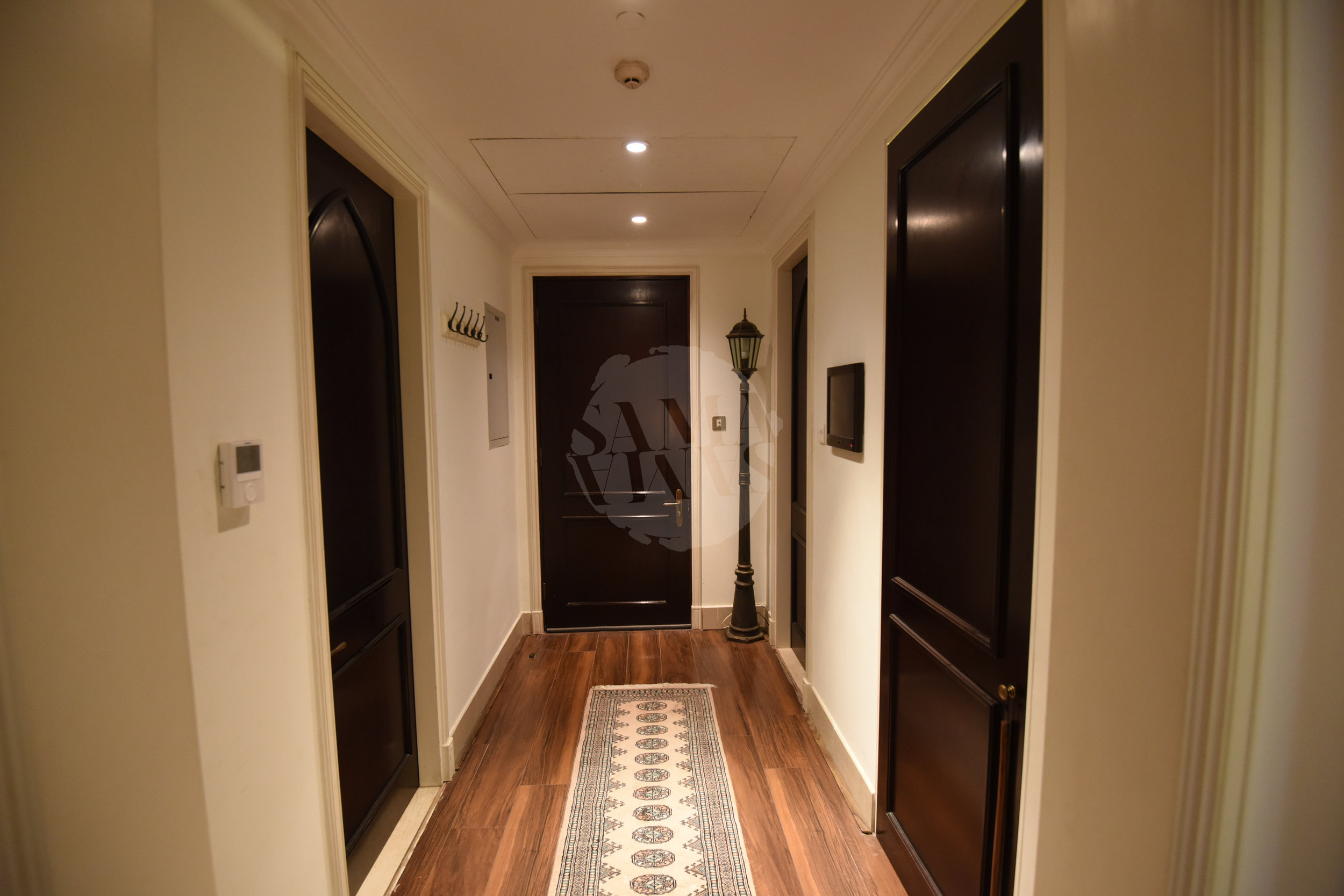 The apartment is bright and spacious. It's location means you are within walking distance to some of Dubai's most famous sights