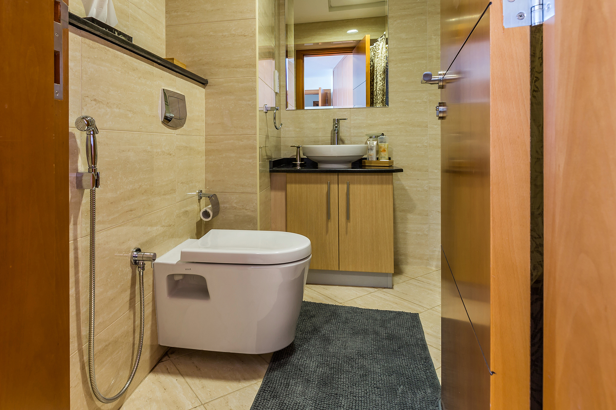 The en-suite offers a luxurious jacuzzi & shower which is a great way to unwind during your stay