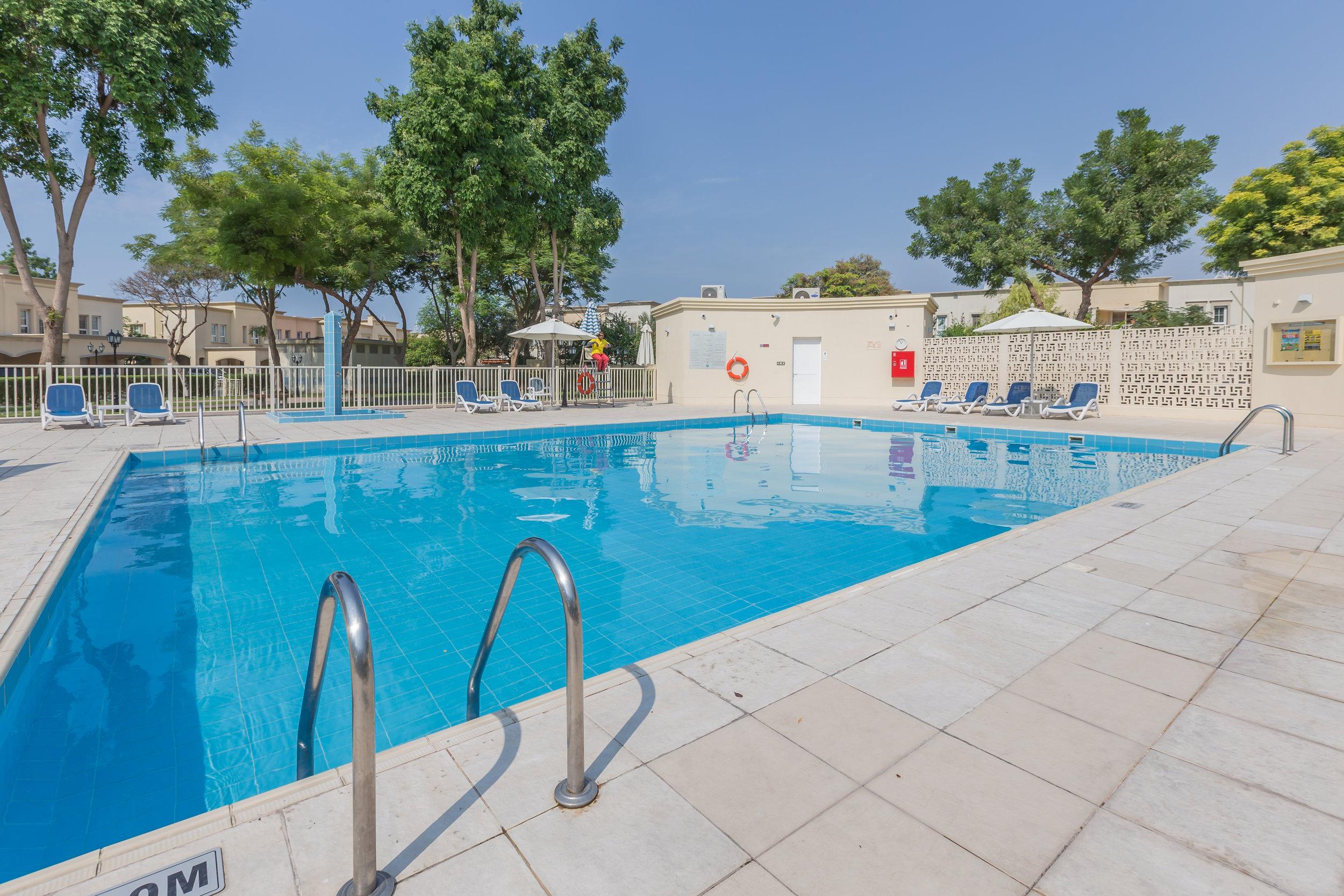 Swimming pool a.jpg