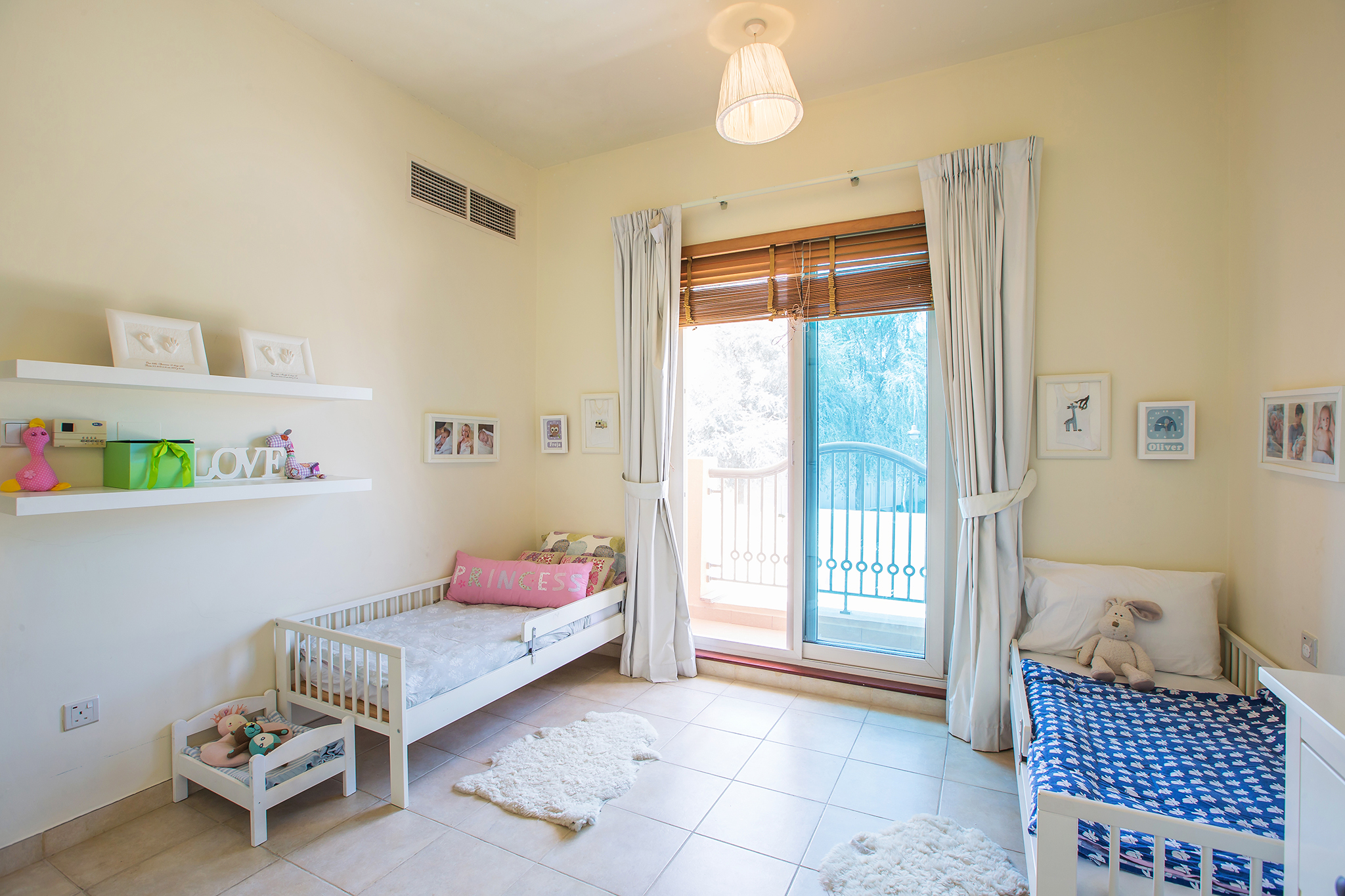 Cute and charming kid's bedroom