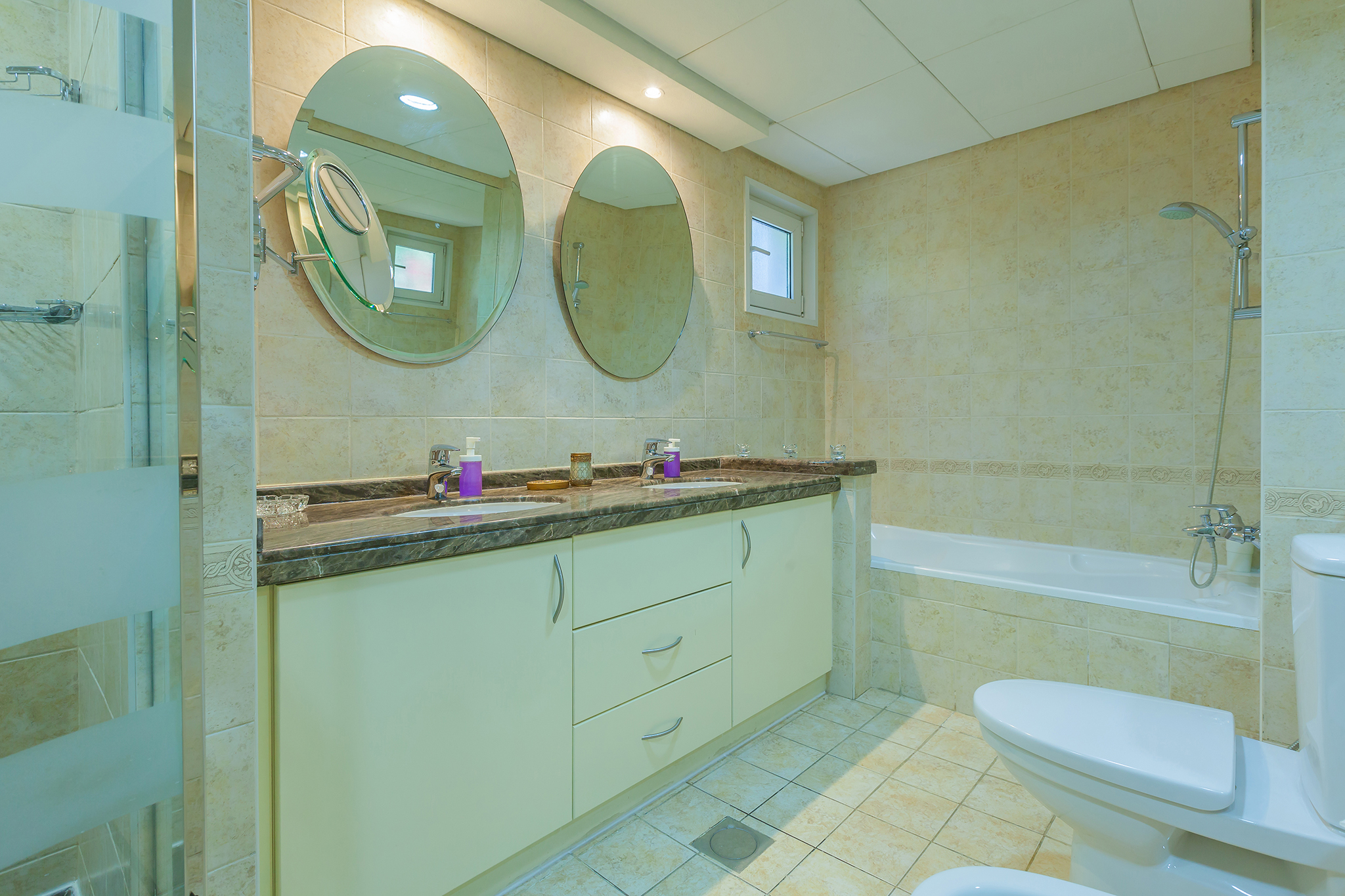 All bedrooms are en-suite with additional WC