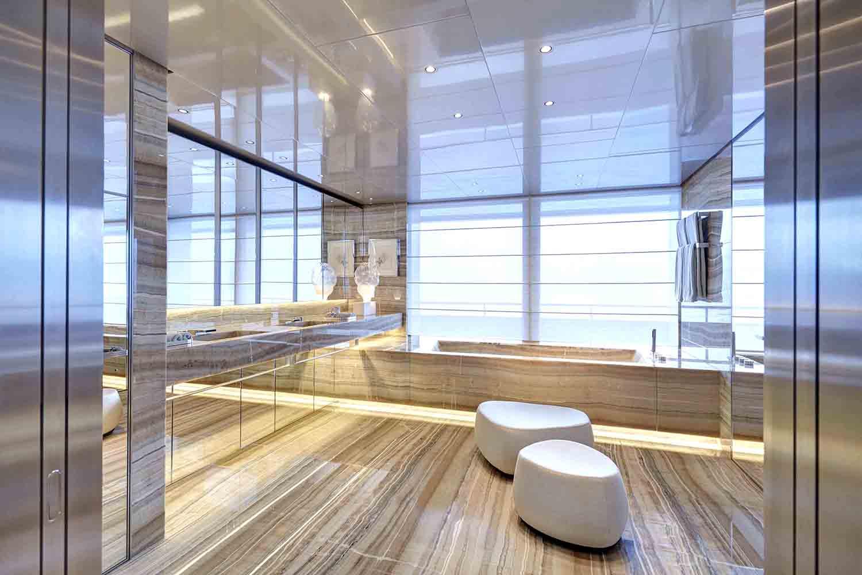 16 owners bathroom screen.jpg