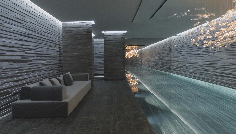 piscina - bordo piscina jacuzzi.jpg