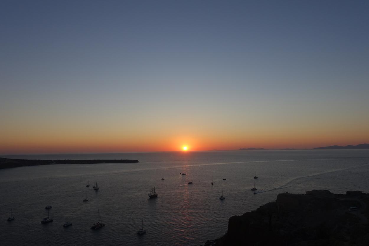 Santorini Sunset 4.jpg