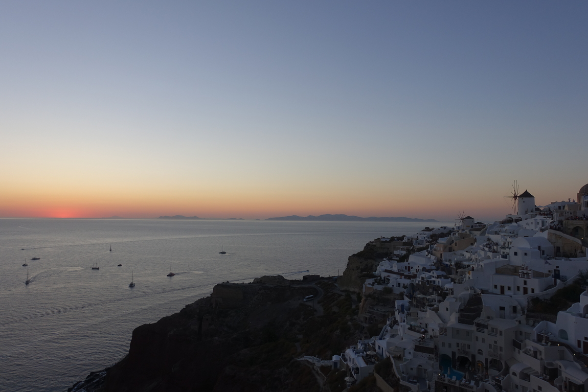 Santorini Sunset 5.jpg