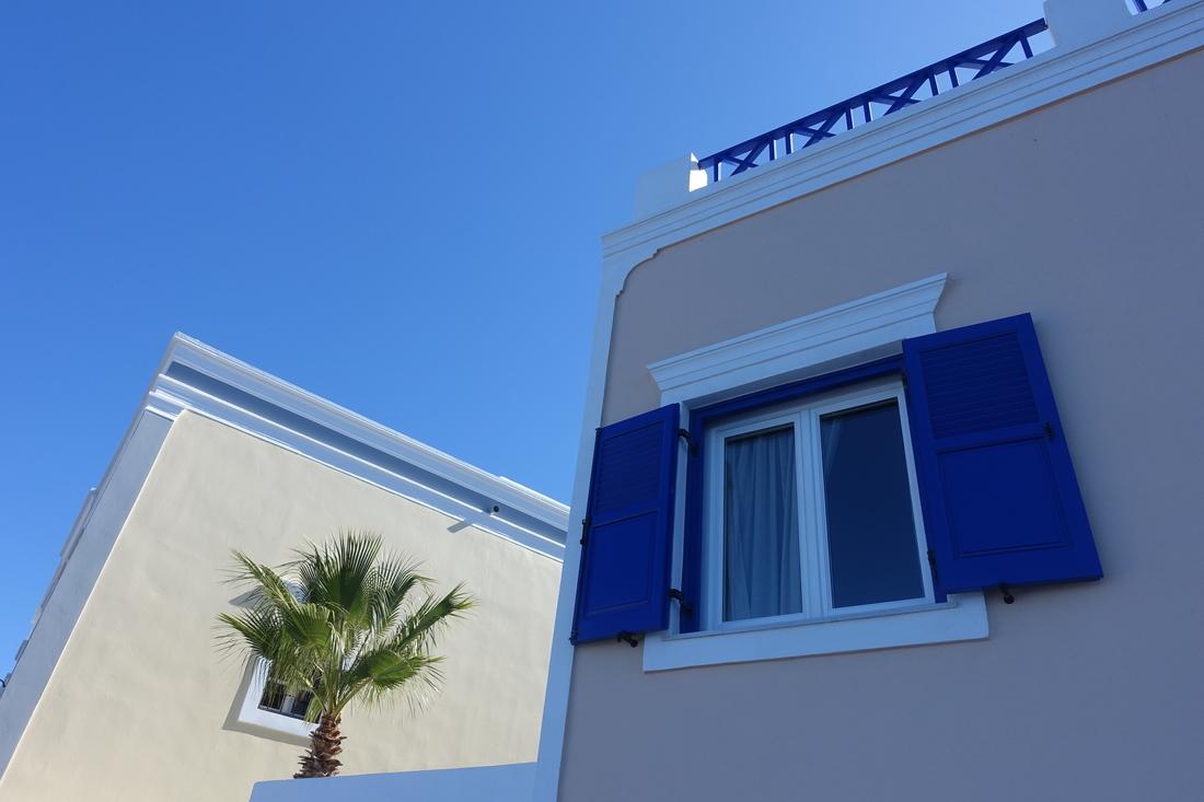 Santorini Greece 16.jpg
