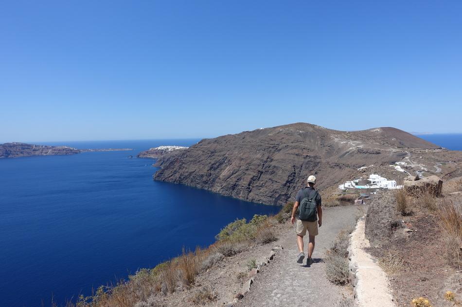 Santorini Greece 24.jpg