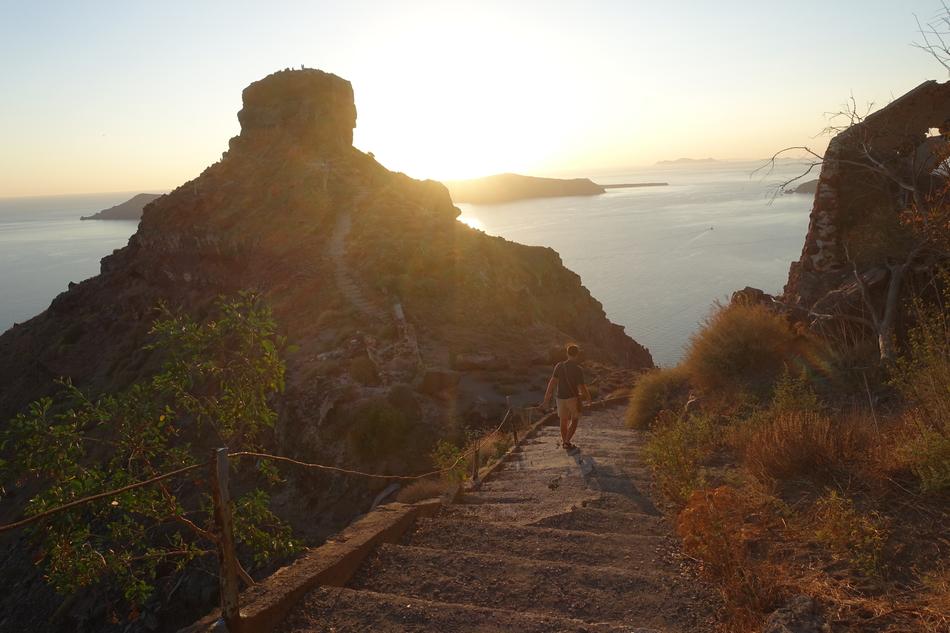 Santorini Sunset 11.jpg