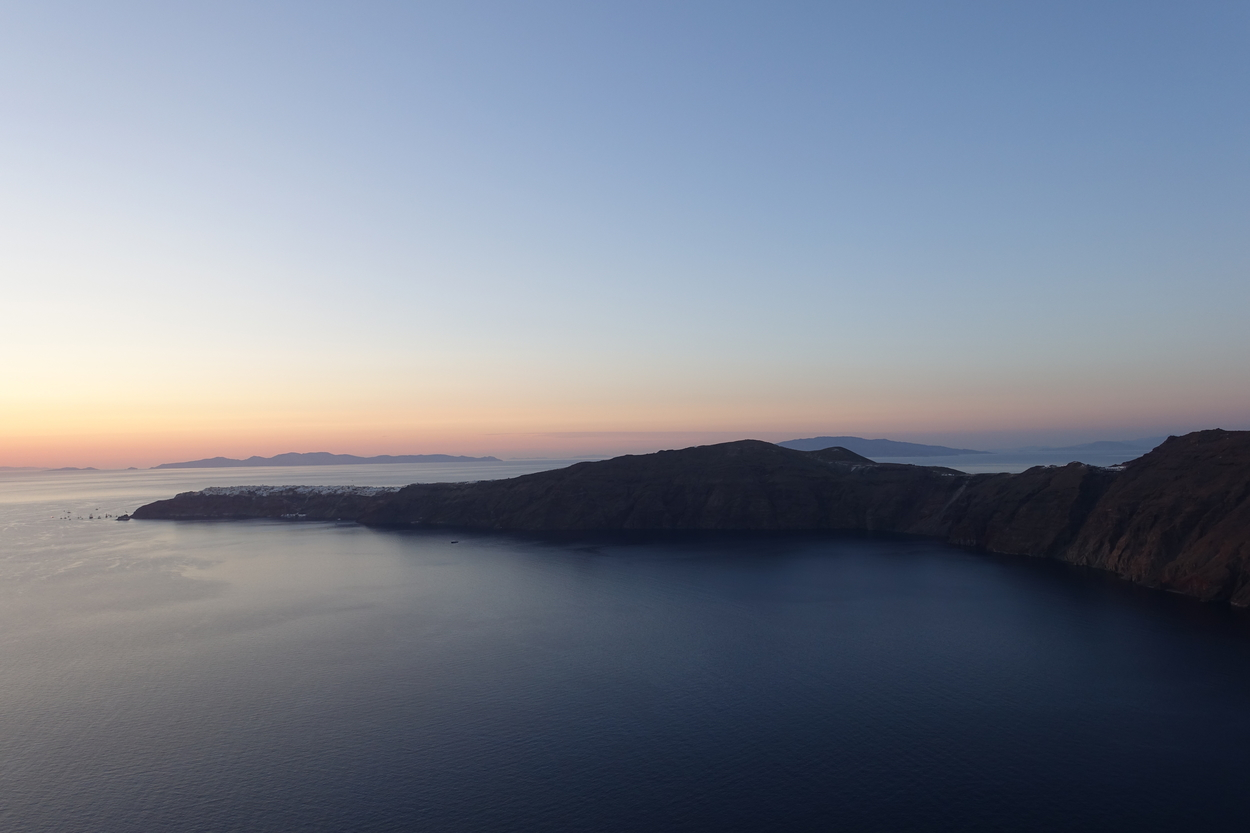 Santorini Sunset 12.jpg