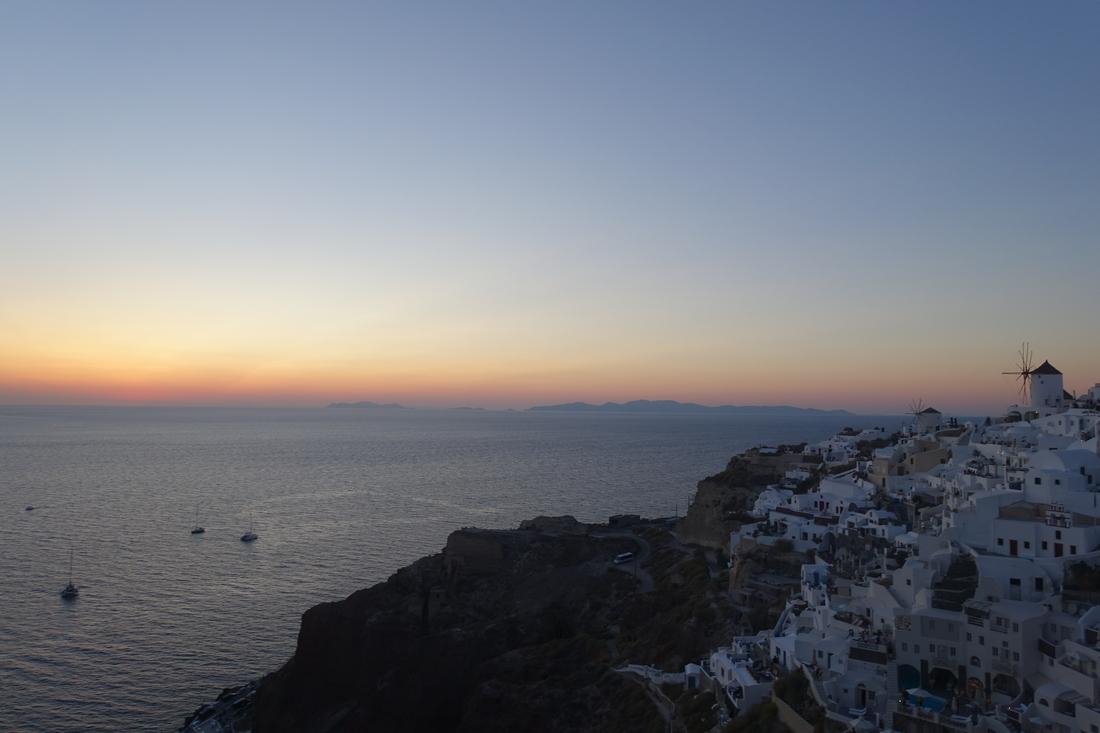 Santorini Sunset 20.jpg