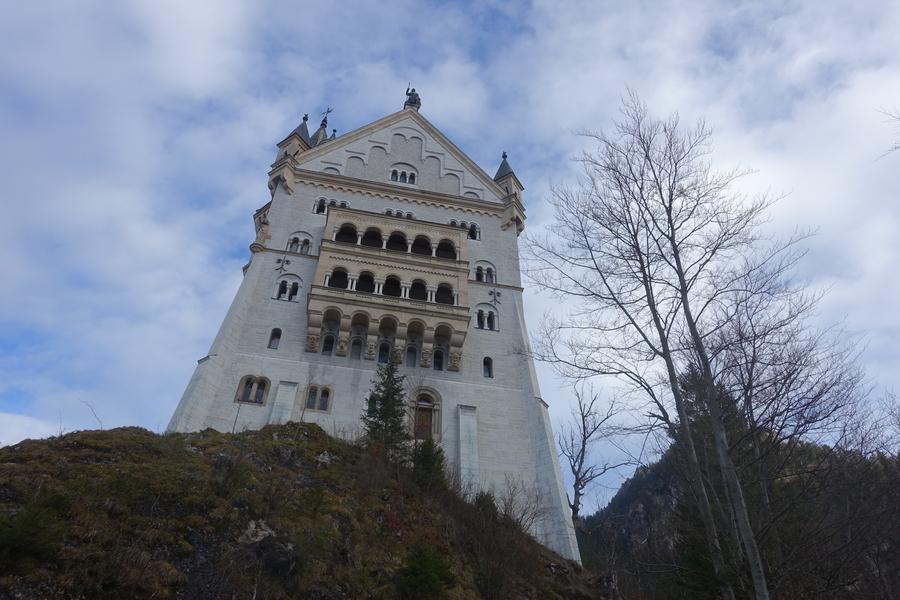 Neuschwanstein Castle Germany 5.jpg