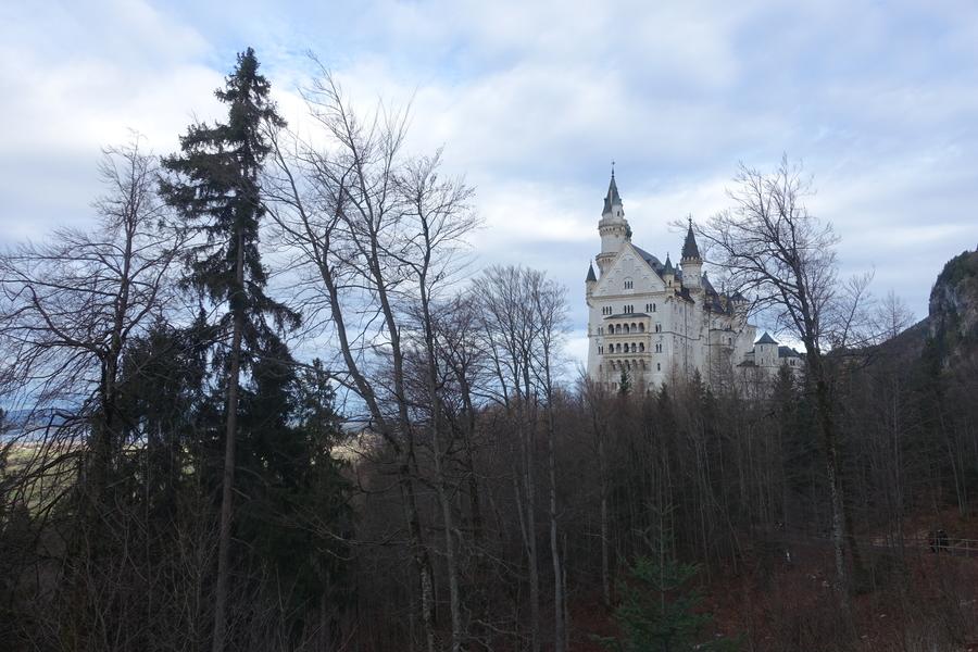 Neuschwanstein Castle Germany 7.jpg