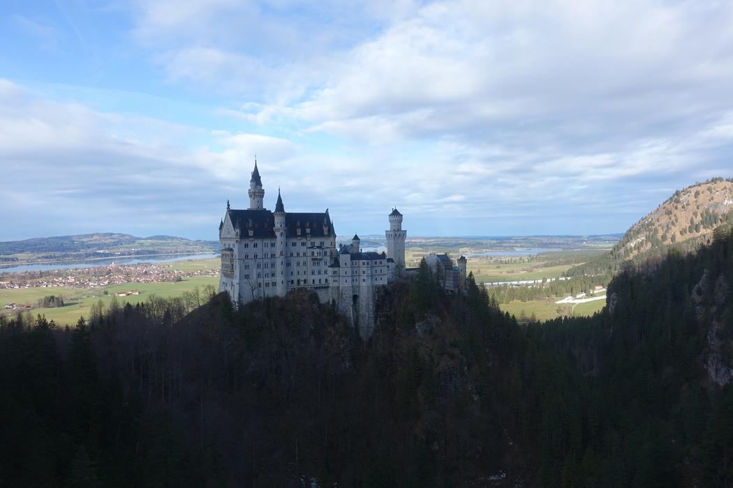 Neuschwanstein Castle Germany 11.jpg