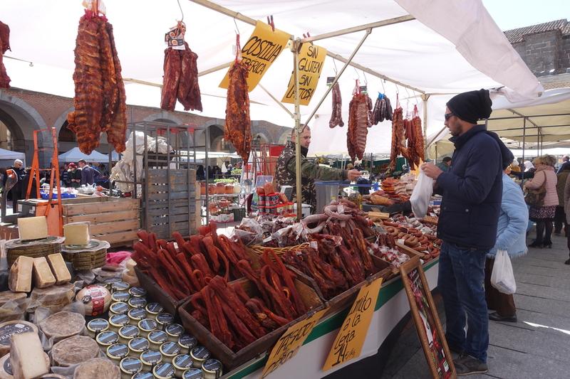 Avila Spain market 2.jpg