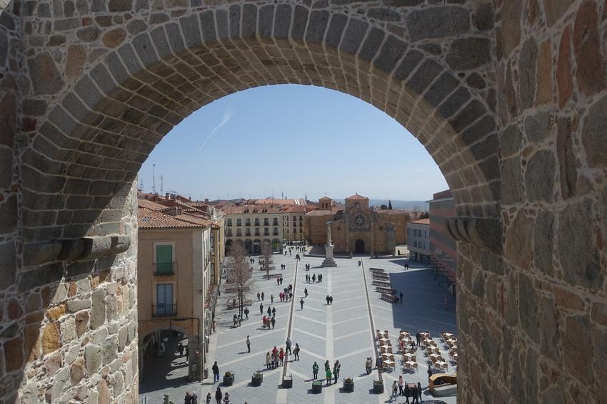 avila spain medieval city walls 1.jpg