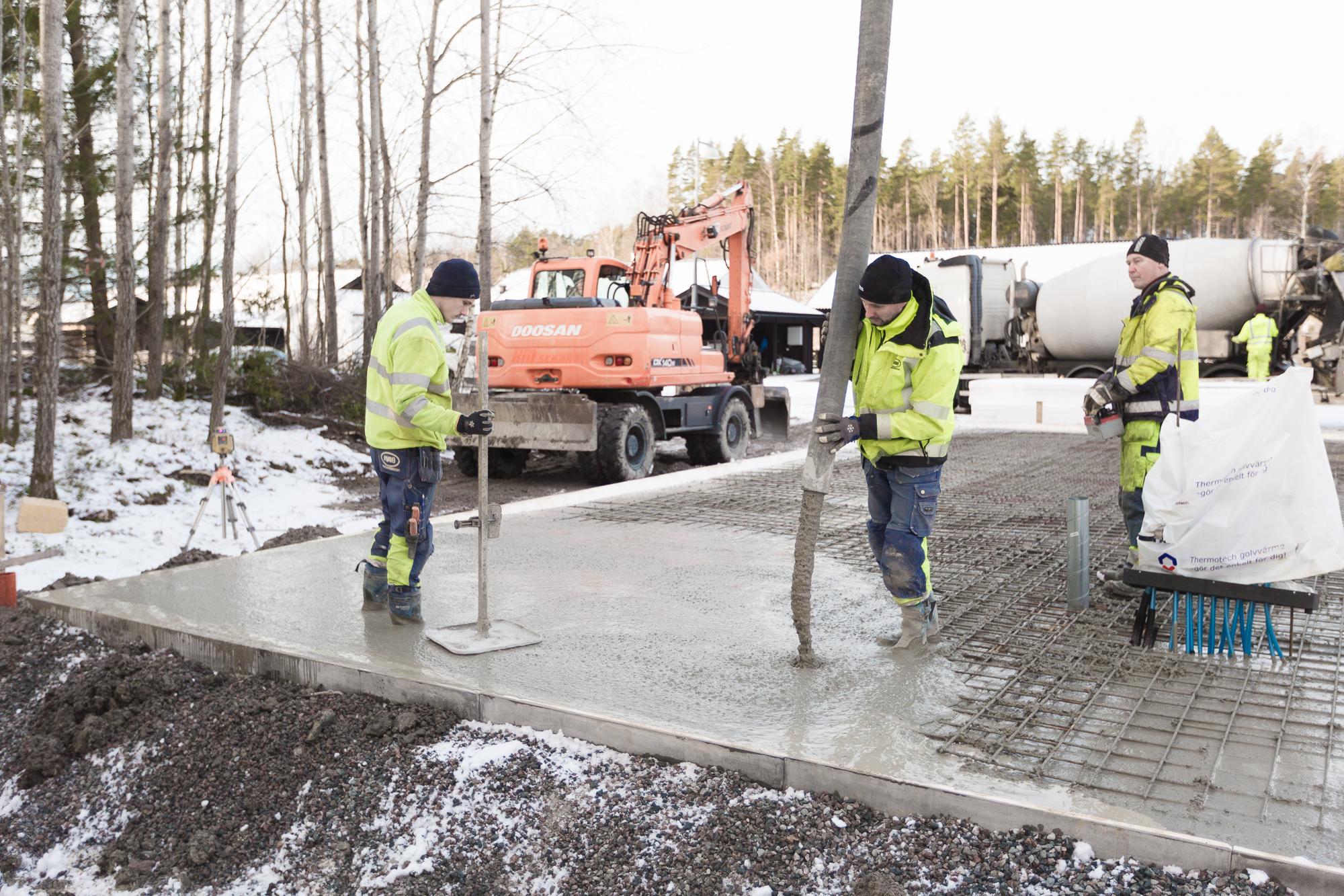Snabbt och effektivt, på bara några timmar var Leif och killarna från Mark och Anläggning i Linköping klara.