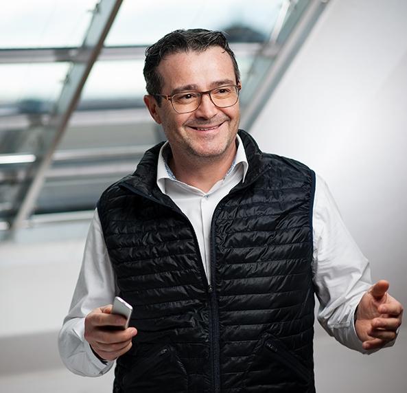Ezio Savoldelli, strategische Beratung   Senior Account Manager bei Dell/EMC  Informatiker TS  Elektrotechniker EFZ    Kontakt