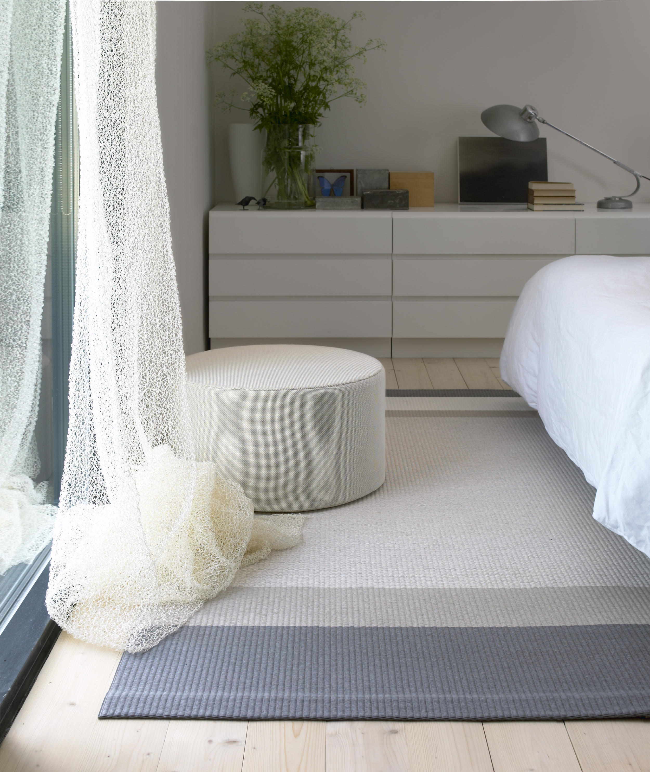 Round Cool Cushion use as seat and bed side table col. white