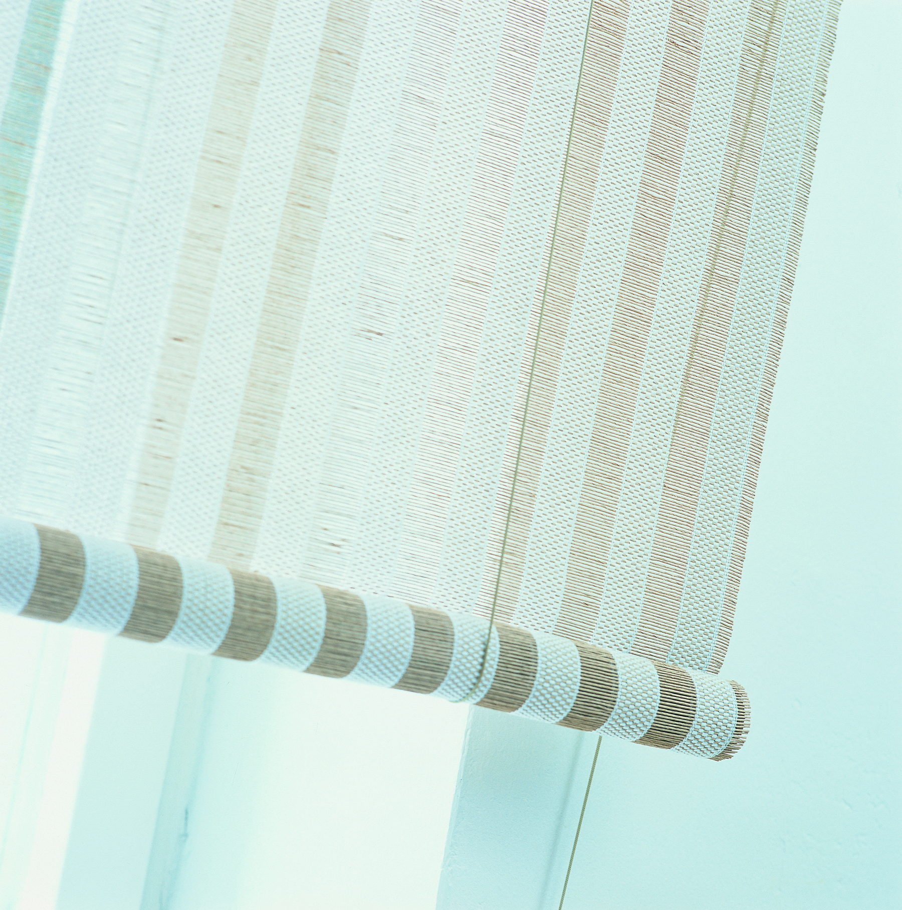 2112115 OPEN SKY white-stone fabric, classic roller blind (with strings) B