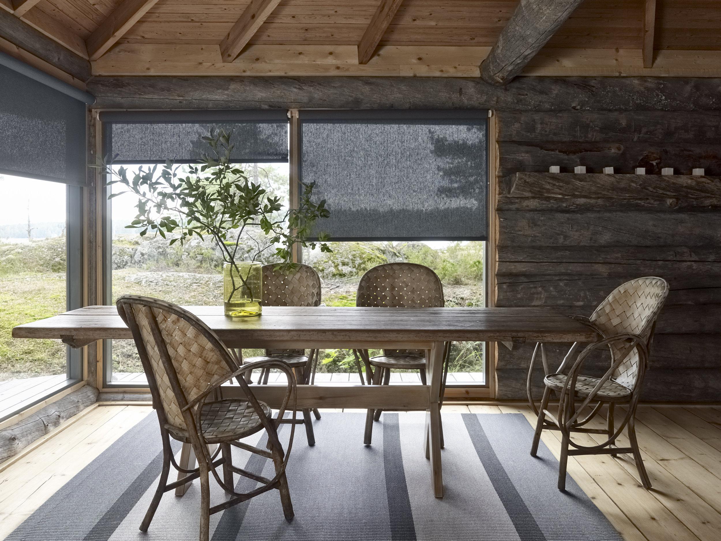 1360215  Bridge  grey-stone paper yarn carpet,  Morning  2114040 graphite roller blinds